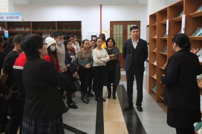 Волонтер жылы: Қызылордада студент жастармен кездесу өтті