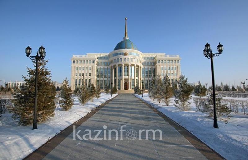 Глава государства принял  Ахметжана Есимова