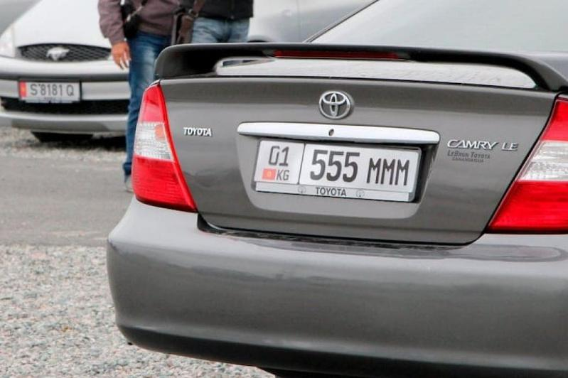 Сколько автомобилей с иностранными номерами зарегистрировано в Алматы