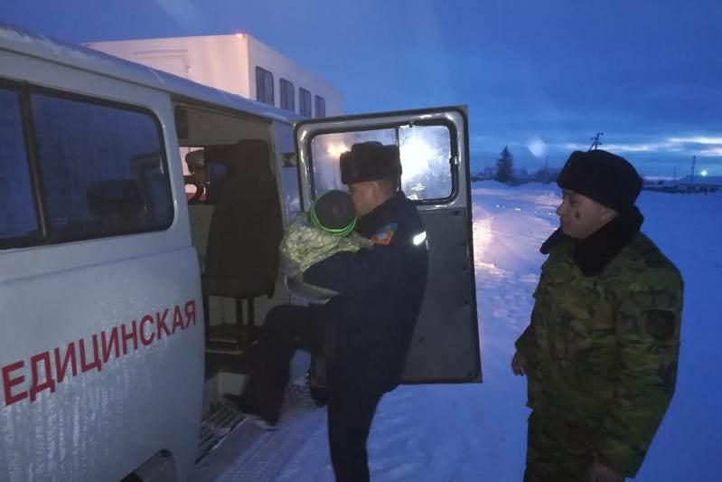 На спасательной технике вывозили из заснеженного села заболевшего малыша в СКО