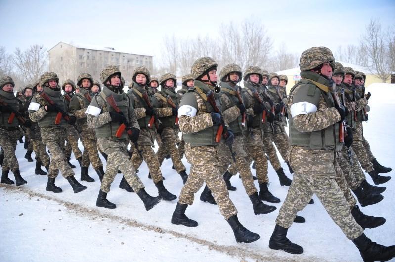К военному параду в честь 75-летия Победы готовятсяв Семее