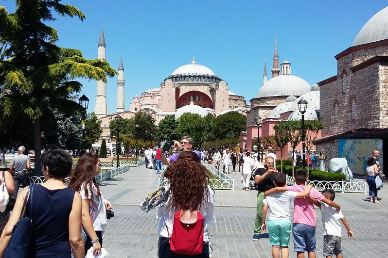 Number of Kazakh tourists visiting Turkey increases