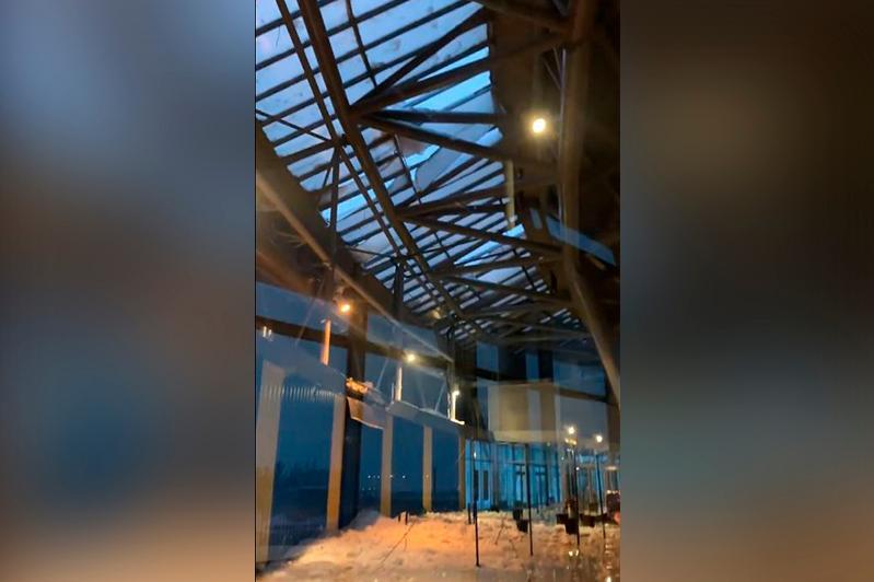 Обрушилась крыша столичного спорткомплекса «Астана Арена»