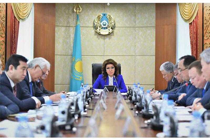 Контрабандные грузы наносят ущерб экономике и здоровью граждан - Дарига Назарбаева