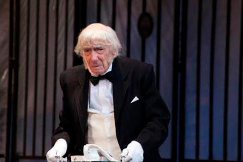 По-прежнему на сцене: Легендарный актер Юрий Померанцев отмечает 97-летие