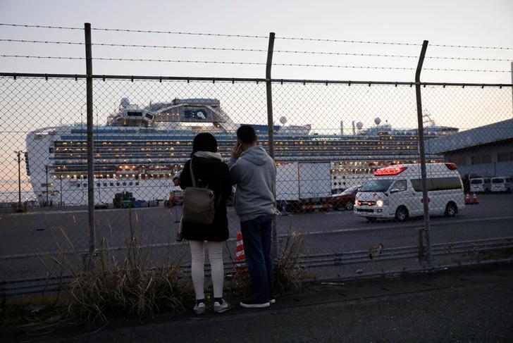 Жапонияда круиздік лайнерде коронавирус жұқтырғандар саны 175 адамға жетті