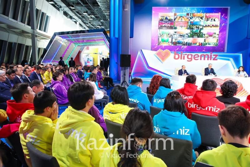 Сколько казахстанцев принимает участие в волонтерском движении