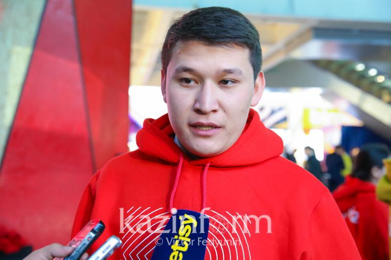 Какая помощь  оказывается волонтерам в Казахстане