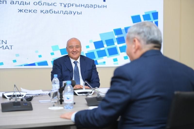 Аким Туркестанской области провел личный приём граждан