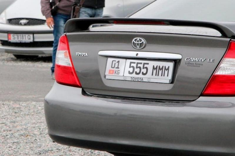 В Атырау в спецЦОН обратились 350 владельцев авто с иностранными номерами