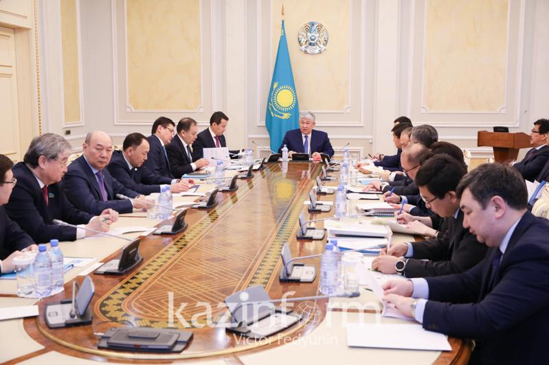 State commissions on  celebration of Abai's 175th and Al-Farabi's 1,150th anniversaries hold meeting in Akorda