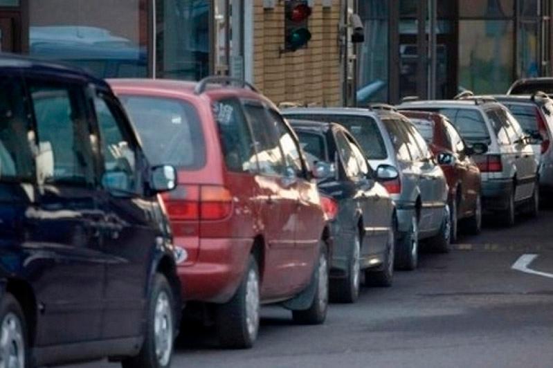 Таможенникам РК предлагают дать право останавливать транспорт