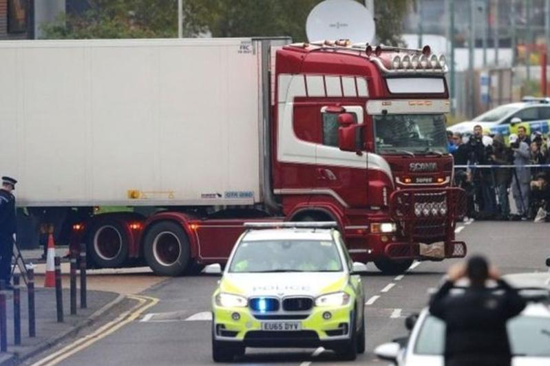 Essex lorry deaths suspect wins appeal against extradition to UK