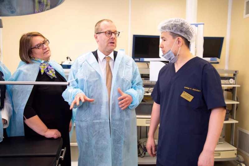 Директор Европейского регионального бюро ВОЗ посетил поликлинику в Нур-Султане