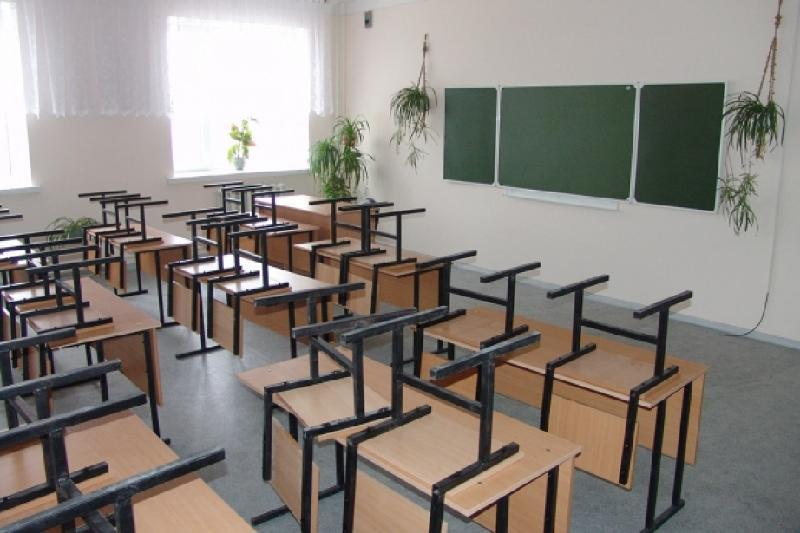Отменены занятия для учащихся начальных классов в Акмолинской и Восточно-Казахстанской областях