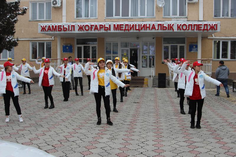 «От сердца к сердцу»: волонтерский центр открыли в Жамбылском высшем медицинском колледже