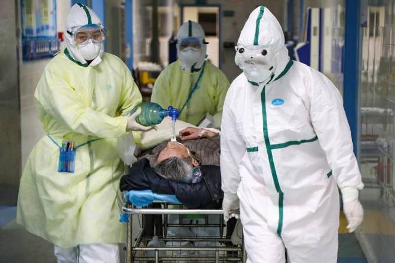 Более 1,7 тысячи медиков заразились коронавирусом в Китае