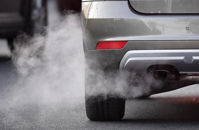 Почему автомобилям на газе запретили въезд на закрытые стоянки, разъяснили в КЧС