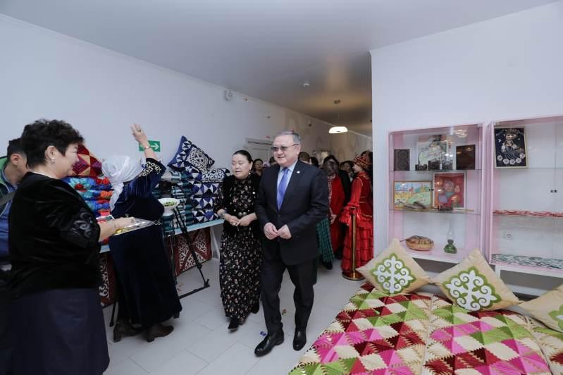 Выставка национальных швейных изделий ручной работы состоялась в Актобе