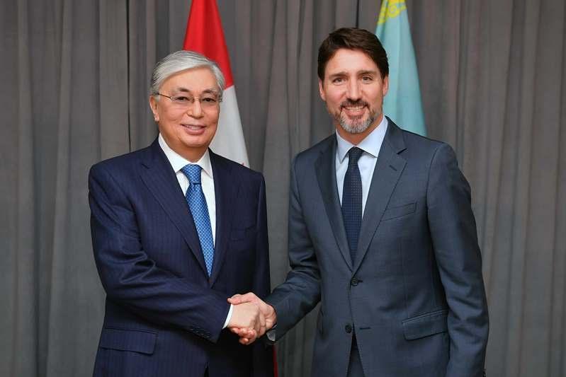 托卡耶夫总统会见加拿大总理