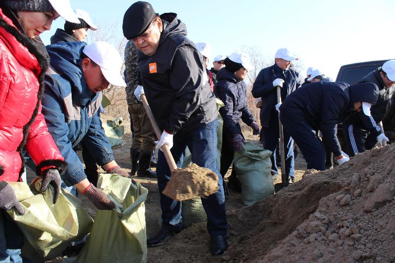 Қызылордада волонтерлер төтенше жағдайдың алдын алу шараларына қатысты