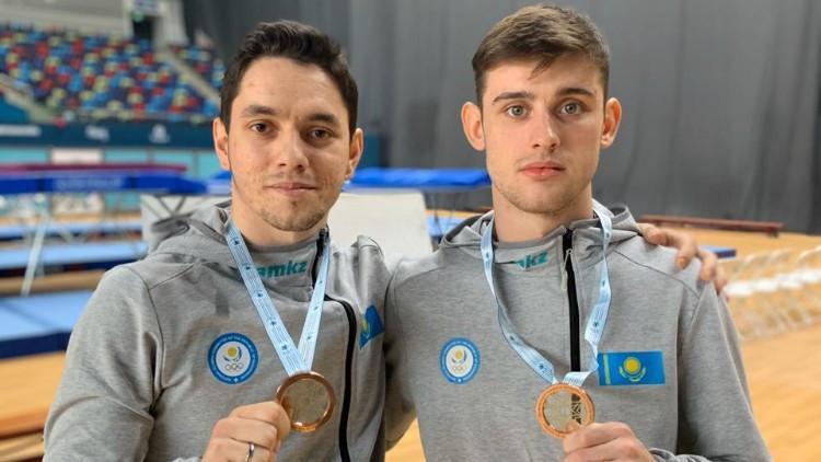 哈萨克斯坦花样游泳选手巴库摘铜