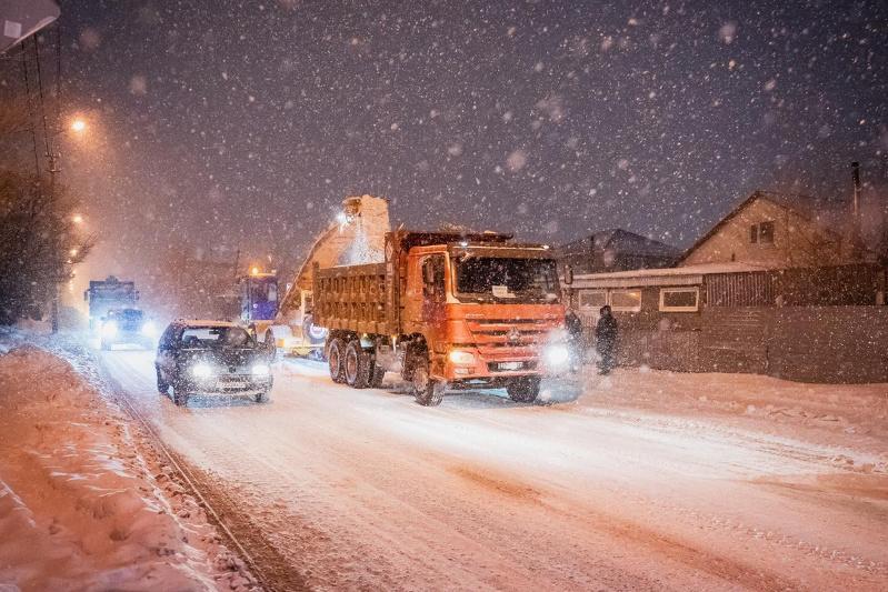 Сколько снега вывезли минувшей ночью из столицы