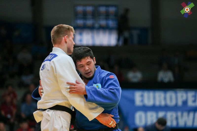 我国柔道选手在欧洲杯上夺得两枚铜牌