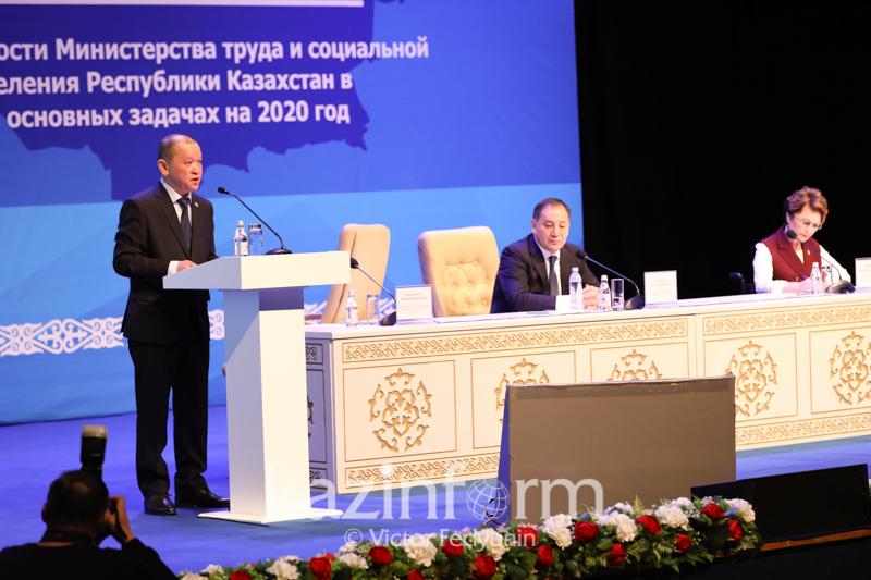 Как будут регулироваться миграционные процессы в Казахстане - Биржан Нурымбетов