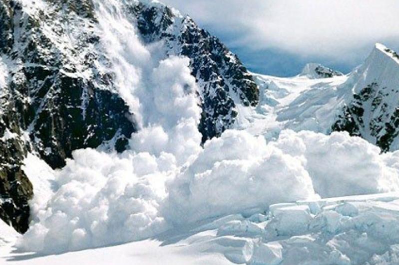 东哈州发布雪崩预警