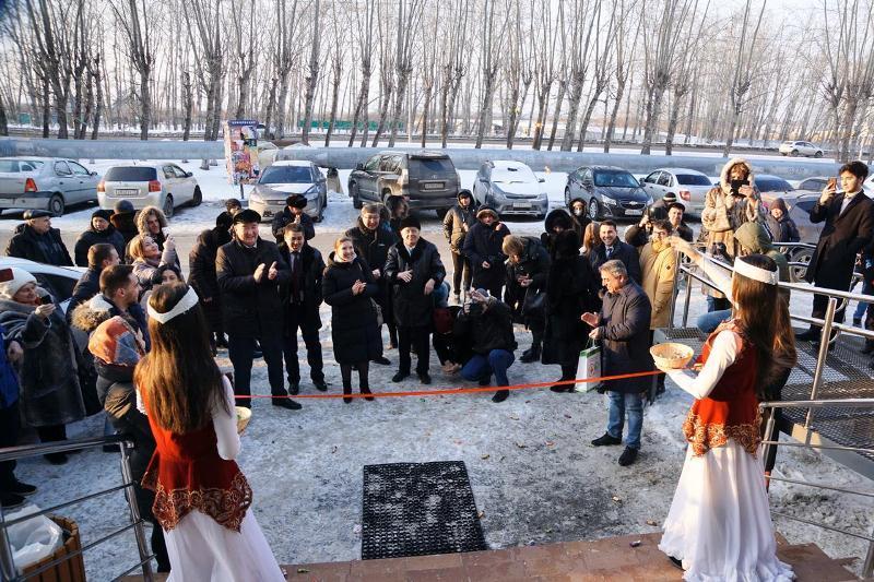 Гастроном с продукцией казахстанских товаропроизводителей открылся в Тюмени