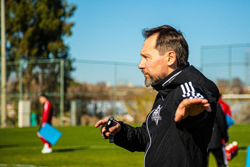 Уволен главный тренер футбольного клуба «Актобе»
