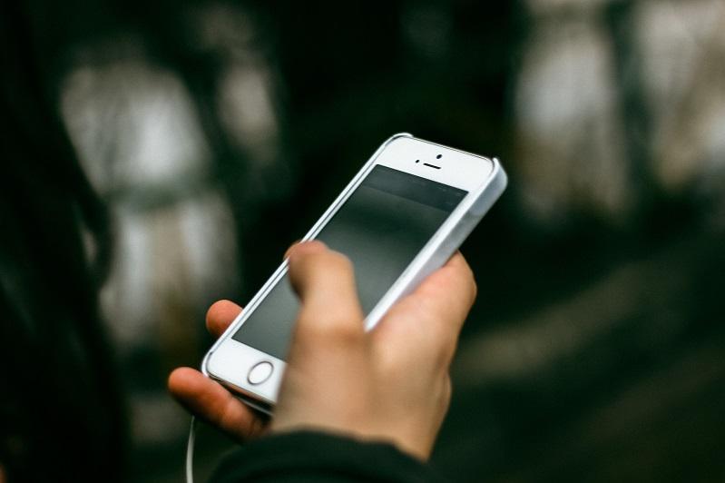 Қазақстанда смартфон көмегімен сатып алушылардың үлесі 65 пайызға жақындады