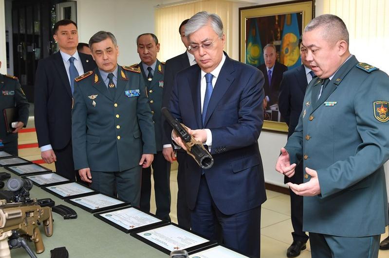 Президент РК посетил штаб-квартиру Главного разведывательного управления Вооруженных сил