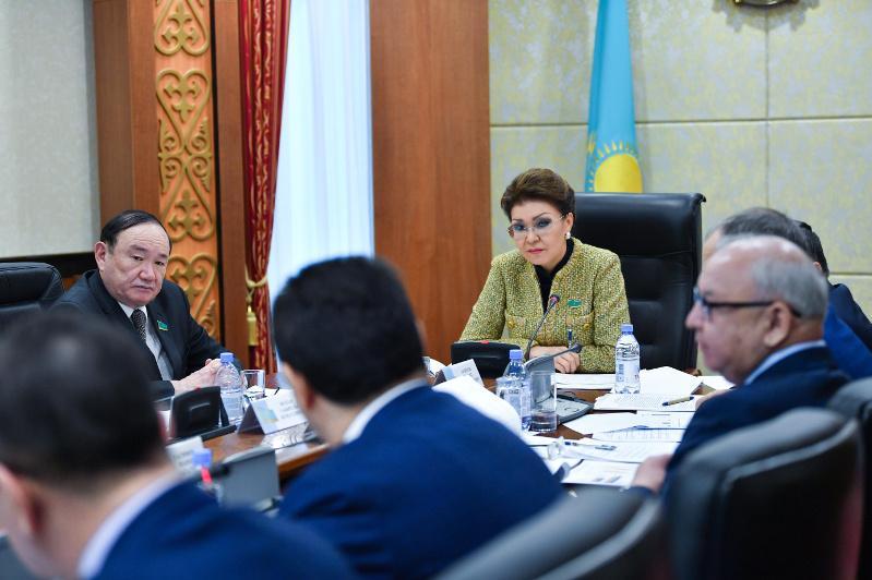 Дарига Назарбаева: Наша задача – сделать продукты питания доступными