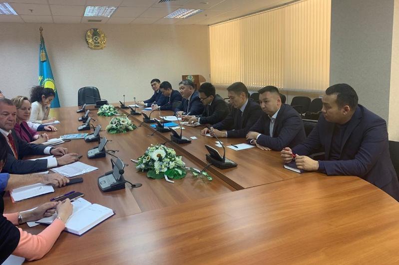 哈萨克斯坦和以色列计划开通两国间直航航线