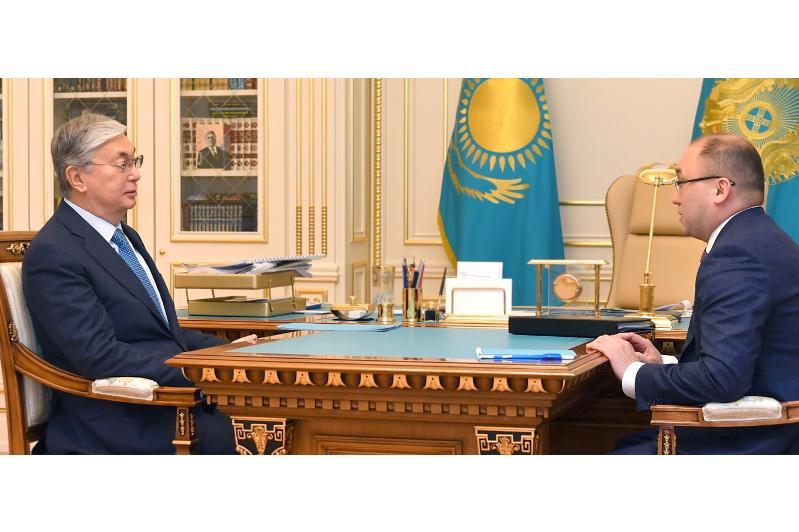 Глава государства принял Даурена Абаева