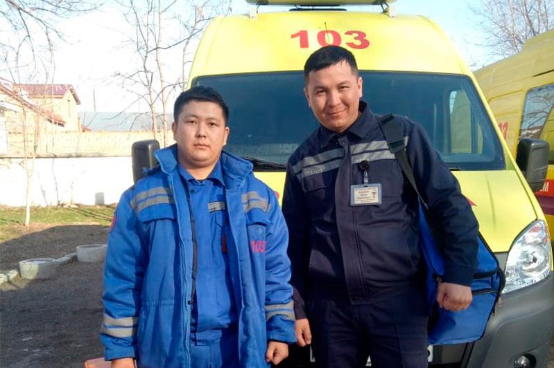 Сотрудники скорой помощи Туркестанской области спасли пациента от клинической смерти