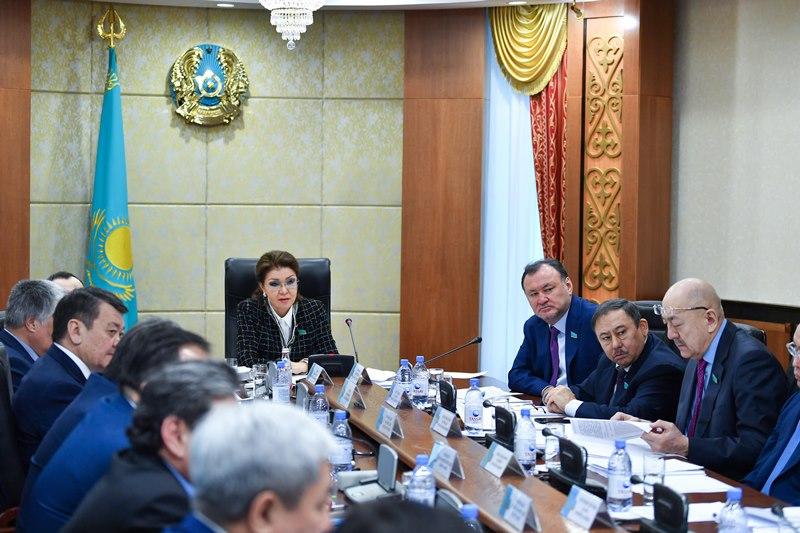 Darıǵa Nazarbaeva: Elektr energetıkasyn basqarýdaǵy qatelikter ár otbasyna shyǵyn bolyp otyr