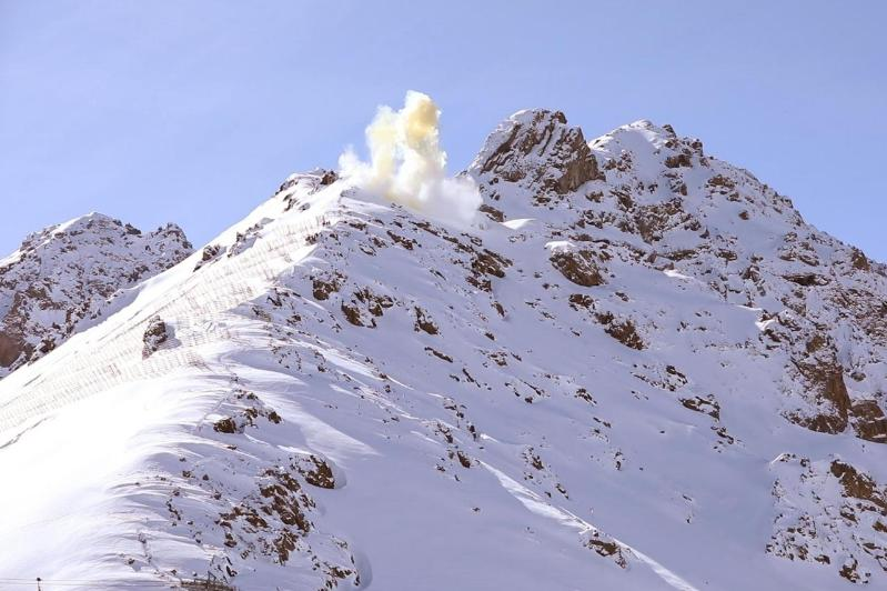 Almaty: Avalanches triggered for maintenance