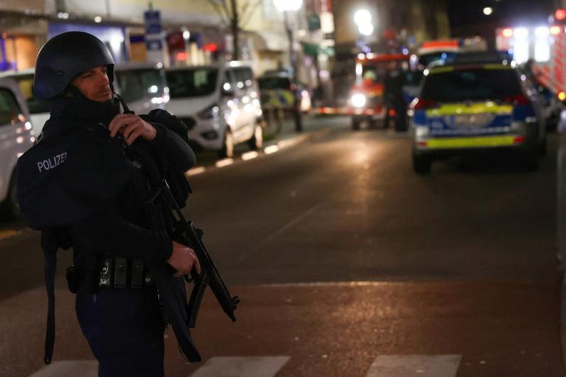 Стрельба в Германии: подозреваемый найден мертвым