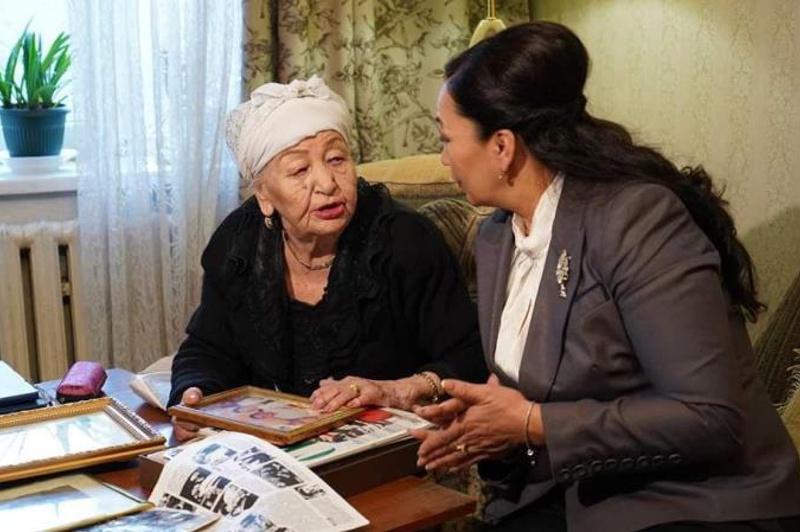 Қазақ телевизиясының тұңғыш дикторы Зұлқия Жұматова 100 жасқа толды
