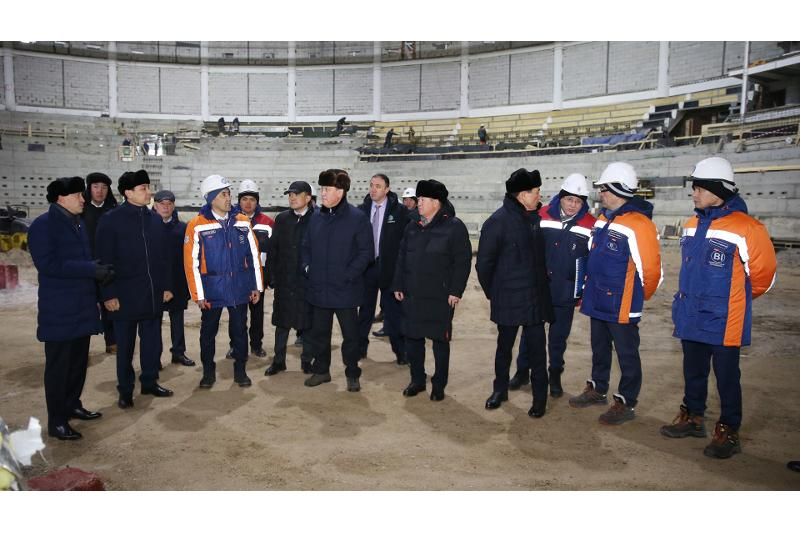 PM Mamin inspects construction of sports and culture facilities