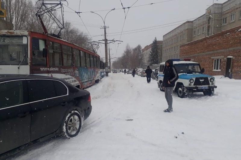 Трамваи сходят с рельсов в Усть-Каменогорске