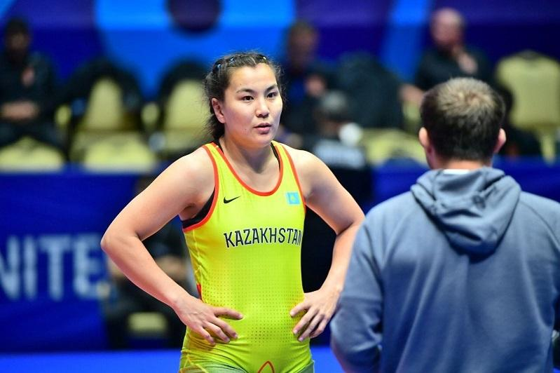 Четыре «бронзы» завоевала команда РК по женской борьбе на чемпионате Азии