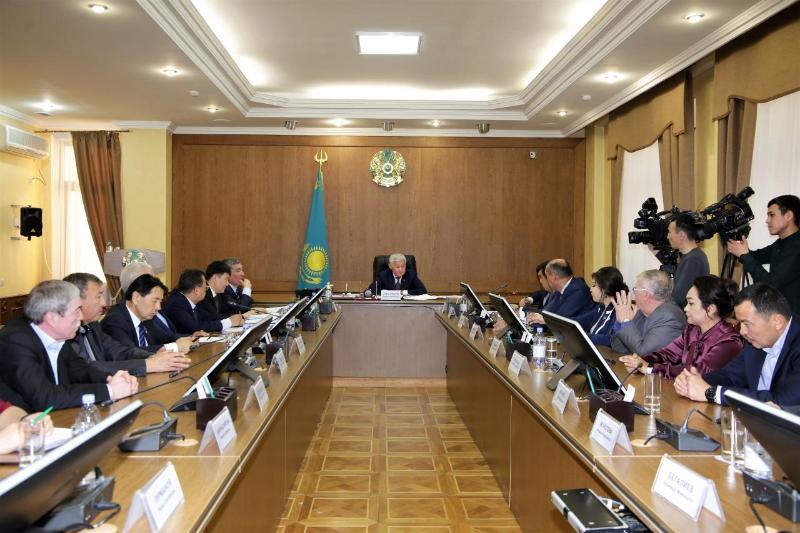 Необходимо насытить высококачественными и недорогими товарами местный  рынок - Бердибек Сапарбаев