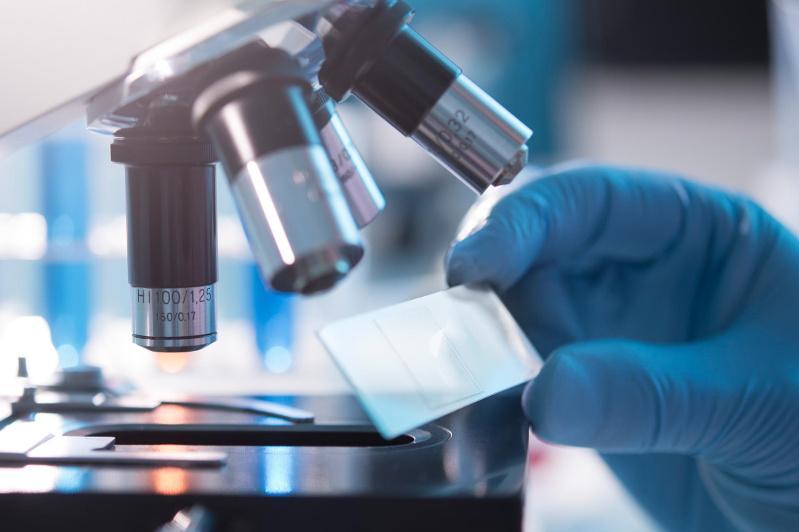 Китай назвал дату начала клинических испытаний вакцины от коронавируса