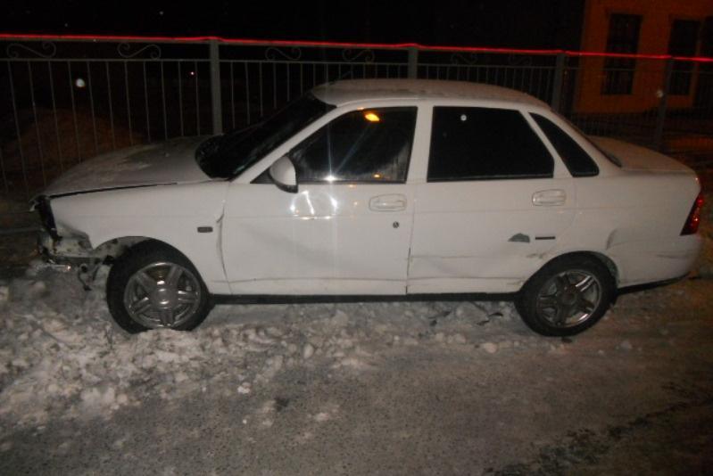Охранник автостоянки угнал автомобиль и допустил аварию в Семее