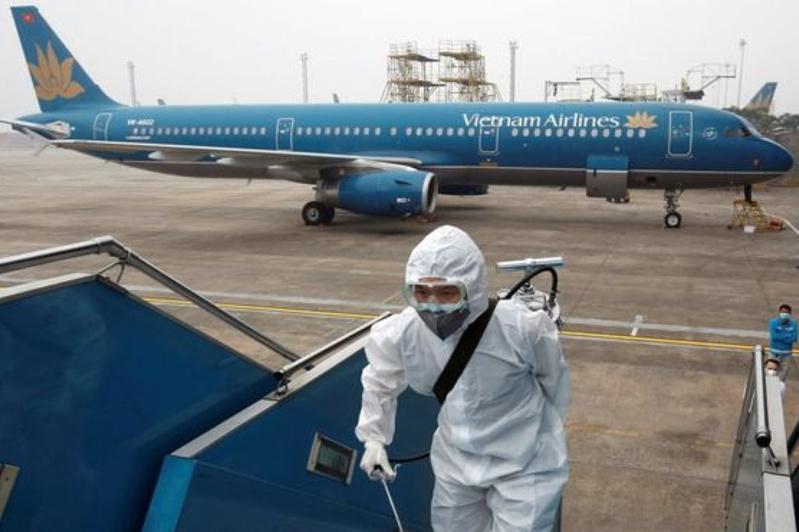 Вспышка коронавируса обойдется авиакомпаниям почти в 30 млрд долларов