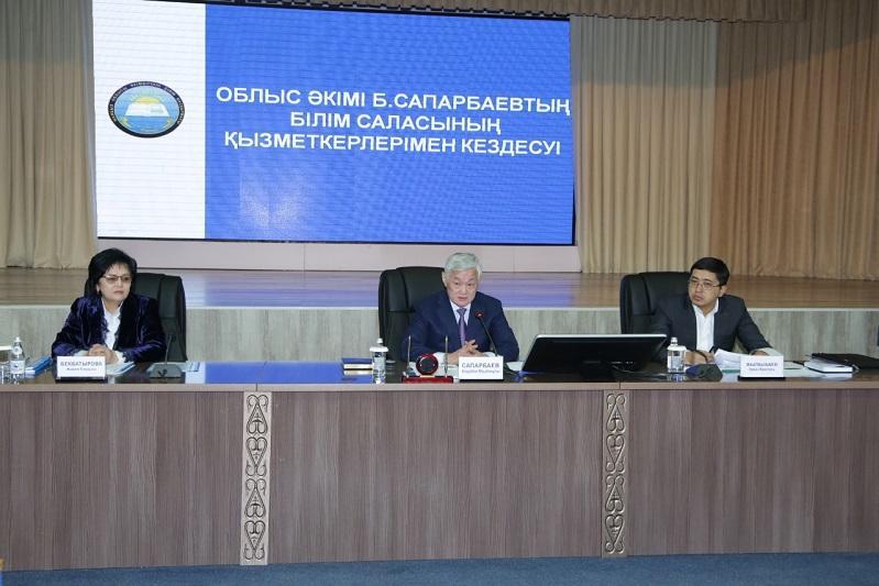 Бердибек Сапарбаев: Некоторые руководители учебных заведений чувствуют себя удельными князьками